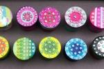 Scatole rotonde decorate a mano - Bomboniera ragazza