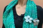 Sciarpa collo di lana color verde smeraldo fatta a mano