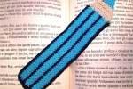 Segnalibro matita blu e azzurra fatta a mano all'uncinetto