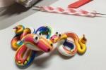 Serpenti multicolor in pasta polimerica