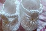 Set nascita bianco scarpine e cuffietta
