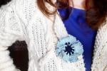 Spilla per abiti Fiorefermaglio in cotone colore azzurro chiaro e blu