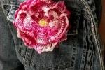 Spilla per abiti Fiorefermaglio in cotone (colore rosso sfumato)