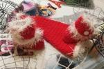 Stivaletti e cappellino Babbo Natale neonato