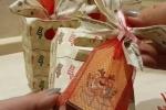 Tag natalizi in cartoncino stampato con soggetti a scelta