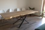 Tavolo con base in acciaio e Top in Massello di Quercia