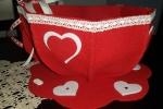 Tazzona porta cialde rossa, in feltro con cuori