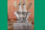 Torta con 3 canovacci,1 set aceto e olio,accessori cucina