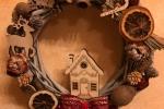Fuoriporta natalizio in legno con applicazioni